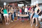 Femina Miss India finalists make giant pizza in Novotel Hotel, Juhu on 7th April 2010 (35).JPG
