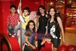 Mini Mathur, Maria Goretti at Hamleys toy store launch in Phoenix Mills on 9th April 2010 (10).JPG