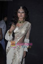 Nigaar Khan at Bharat & Dorris hair and makeup fashion week Grand finale on 13th April 2010 (4).JPG