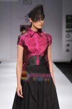 Model walk the ramp for Rahul Reddy at Wills India Fashion Week day 5 on 29th March 2010 (12).JPG