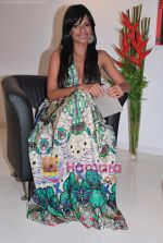 Sunaina Gulia at the launch of Mayank Anand_s book Love from the Sidelines in  ICIA Art Gallery on 27th April 2010 (24).JPG