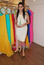 Mana Shetty at the Launch of Aza_s New Collections From I Bella, Malaga And Vivre in Mumbai on 27th April 2010 (5).JPG