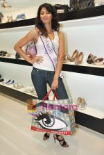 Miss Universe contestants - I am She visit Miss Sixty store in Palladium on 4th May 2010 (56).JPG