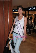 Miss Universe contestants - I am She visit Miss Sixty store in Palladium on 4th May 2010 (80).JPG
