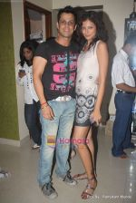 Vikrum Kumar with Shonali Rawat at Vikrum Kumar_s birthday Party in Mumbai on 12th May 2010.JPG