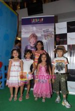at Liliput kids fashion show in Oberoi mall on 16th May 2010 (23).JPG