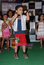 at Liliput kids fashion show in Oberoi mall on 16th May 2010 (29).JPG