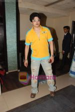 at Naveen Prabhakar_s birthday bash in Shimmer Lounge and Kitchen on 19th May 2010 (20).JPG