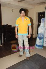 at Naveen Prabhakar_s birthday bash in Shimmer Lounge and Kitchen on 19th May 2010 (21).JPG