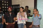 at Naveen Prabhakar_s birthday bash in Shimmer Lounge and Kitchen on 19th May 2010 (35).JPG