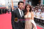 Hrithik Roshan and Suzanne Roshan at Kites London premiere on 18th May 2010.jpg