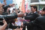 Hrithik Roshan greets fans at Odeon Westend in London at Kites London premiere on 18th May 2010.JPG