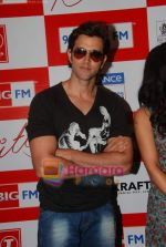 Hrithik Roshan at BIG FM Studios to greet the winners of Love Unlimited contest on 21st May 2010 (3).JPG