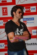 Hrithik Roshan at BIG FM Studios to greet the winners of Love Unlimited contest on 21st May 2010 (4).JPG