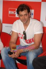 Hrithik Roshan at Kites promotional event in R City Mall and IMAX on 22nd May 2010 (14).JPG