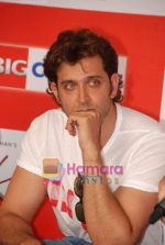 Hrithik Roshan at Kites promotional event in R City Mall and IMAX on 22nd May 2010 (26).JPG