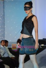 at NIFT Annual fashion show in Lalit Hotel on 24th May 2010 (97).JPG