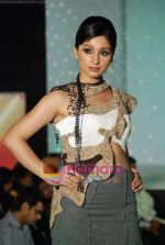 at NIFT Annual fashion show in Lalit Hotel on 24th May 2010 (78).JPG
