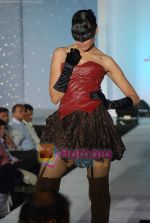 at NIFT Annual fashion show in Lalit Hotel on 24th May 2010 (93).JPG