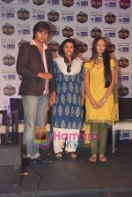 Harshad Chopra, Neha Janpandit, Ekta Kapoor at the launch of new serial on Star Plus Tere Liye in J W Marriott on 1st June 2010 (5).JPG