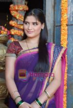 Aarti Singh at the launch of Thoda Hai Bas Thode Ki Zaroorat Hai show on Colors in Kamalistan on 2nd June 2010 (15).JPG