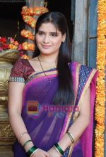 Aarti Singh at the launch of Thoda Hai Bas Thode Ki Zaroorat Hai show on Colors in Kamalistan on 2nd June 2010 (16).JPG