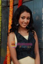 Priyamvada Kant at the launch of Thoda Hai Bas Thode Ki Zaroorat Hai show on Colors in Kamalistan on 2nd June 2010 (4).JPG