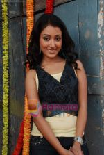 Priyamvada Kant at the launch of Thoda Hai Bas Thode Ki Zaroorat Hai show on Colors in Kamalistan on 2nd June 2010 (5).JPG