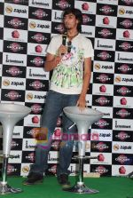 Ishant Sharma at International Criket 2010 game launch in Phoenix Mill on 9th June 2010 (2).JPG