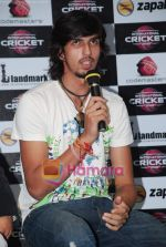 Ishant Sharma at International Criket 2010 game launch in Phoenix Mill on 9th June 2010 (4).JPG