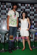 Ishant Sharma, Prachi Desai at International Criket 2010 game launch in Phoenix Mill on 9th June 2010 (7).JPG