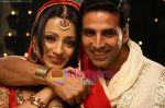 Akshay Kumar, Trisha in the still from movie Khatta Meetha (3).JPG