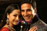 Akshay Kumar, Trisha in the still from movie Khatta Meetha (4).JPG