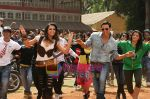 Akshay Kumar, Trisha in the still from movie Khatta Meetha (9).JPG