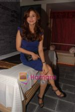 Urmila Matondkar at the launch of Areopagus spa in Juhu on 23rd July 2010 (24).JPG