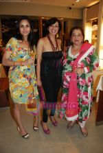 at Roohi Jaikishan hosts preview of Villeroy & Boch tableware in Churchgate on 30th July 2010 (40).JPG