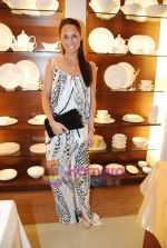 at Roohi Jaikishan hosts preview of Villeroy & Boch tableware in Churchgate on 30th July 2010 (48).JPG