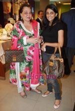 at Roohi Jaikishan hosts preview of Villeroy & Boch tableware in Churchgate on 30th July 2010 (50).JPG