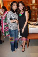 at Roohi Jaikishan hosts preview of Villeroy & Boch tableware in Churchgate on 30th July 2010 (62).JPG