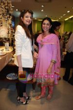 at Roohi Jaikishan hosts preview of Villeroy & Boch tableware in Churchgate on 30th July 2010 (68).JPG