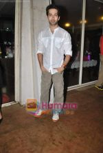 Nakuul Mehta at Raghav Sanchar_s birthday bash in Janki Kutir on 7th Aug 2010 (3).JPG