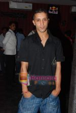 Ishq Bector at the music launch of film Soch Lo in Twist on 13th Aug 2010 (32).JPG