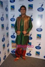 Rakesh on the sets of Indian Idol in Filmistan on 14th Aug 2010 (9).JPG