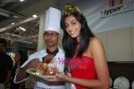 Miss India Neha Hinge at World Kitchen in Malad on 6th Sept 2010 (15).JPG