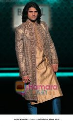 at Bridal Asia collection 2010  in New Delhi on 8th Sept 2010 (29).jpg