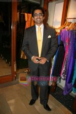 Anuj Saxena at Fuel_s festive collection hosted by Manish Goel in Bandra on 14th Sept 2010 (2).JPG