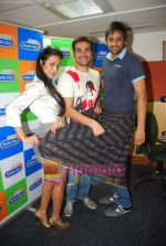 Arbaaz Khan, Malaika Arora Khan at Radio City in Bandra on 15th Sept 2010 (17).JPG