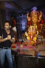 Sunil Shetty at Ganpati Celebrations in Mumbai on 14th Sept 2010 (16).JPG
