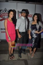Neha Dhupia, Nikhil Chinappa, Jacqueline Fernandez at Smirnoff Nightlife event  in Phoenix Mill on 15th Sept 2010 (22).JPG