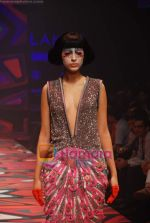 Model walks the ramp for Manish Arora Show at Lakme Winter fashion week day 1 on 17th Sept 2010 (13).JPG